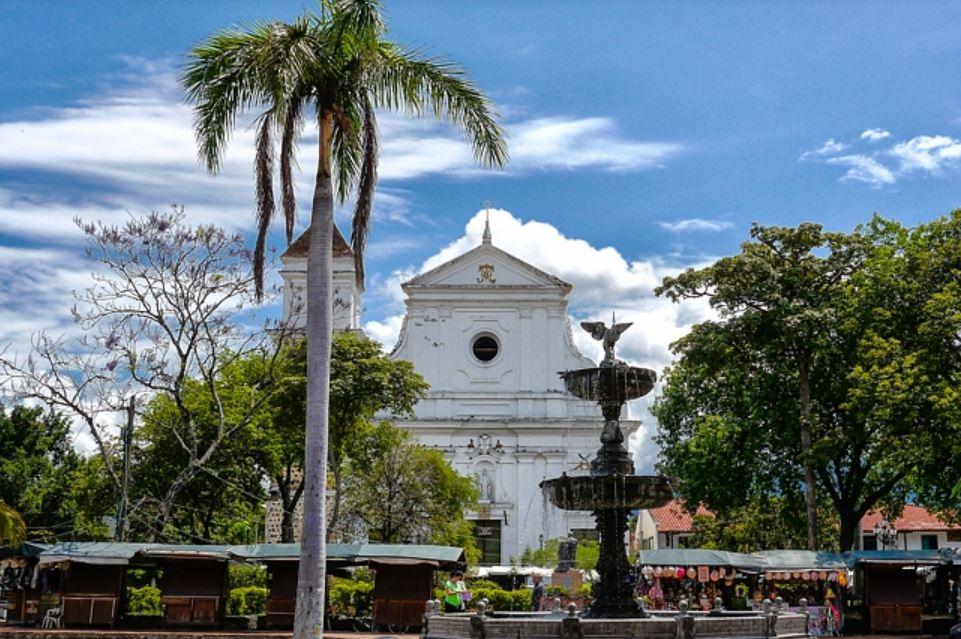 WIE IS DE MOL IN COLOMBIA (deel 2)